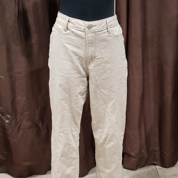 Time And Tru Khaki High Rise Jeggings Size 14